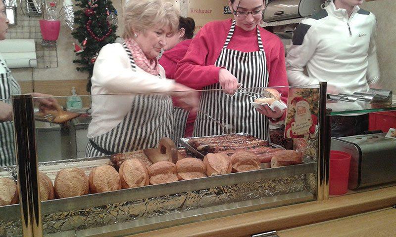 Bratwurst being served up