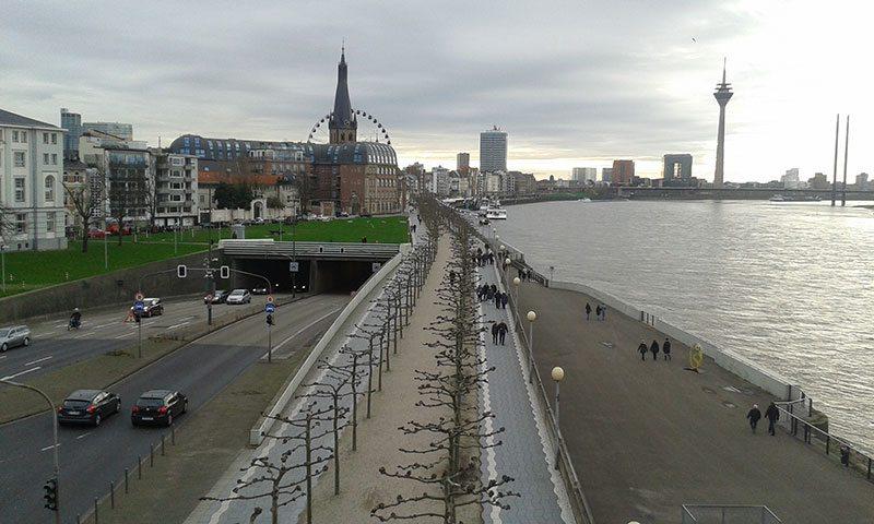 Düsseldorf's Rhine embankment promenade